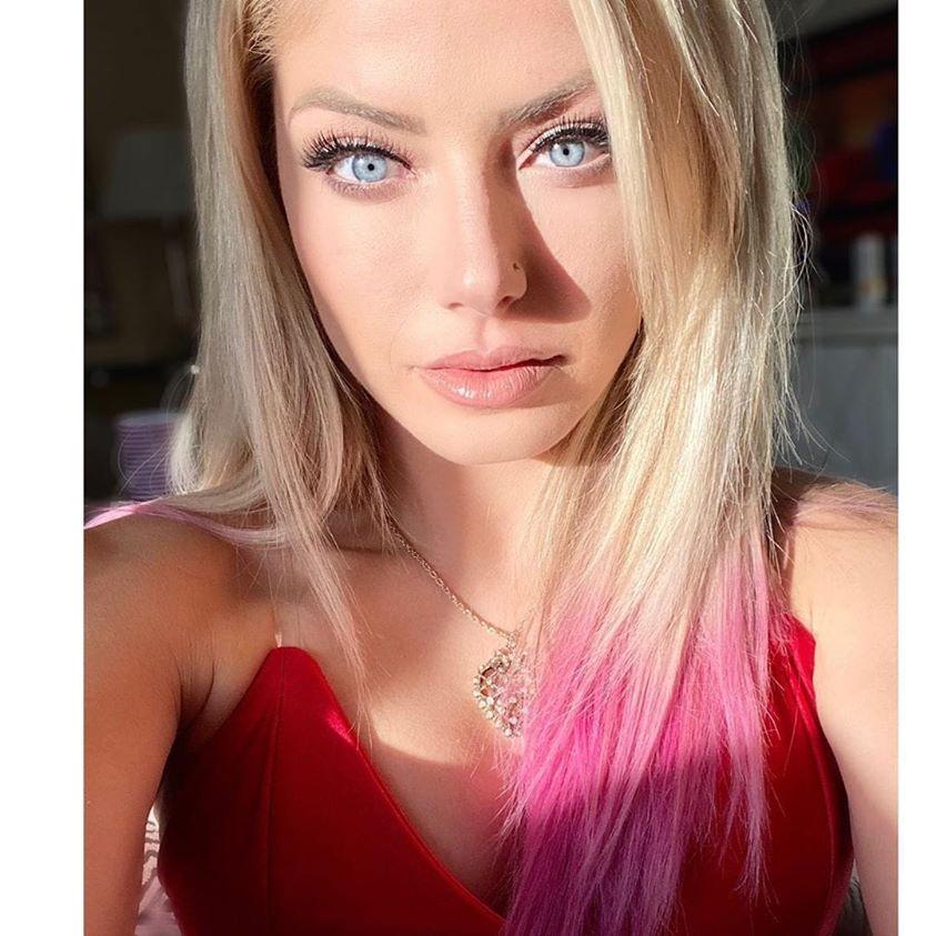 Alexa_Bliss_WWE_Celebrity_reputation_online (1)