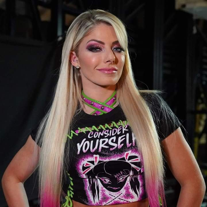 Alexa_Bliss_WWE_Celebrity_reputation_online (2)