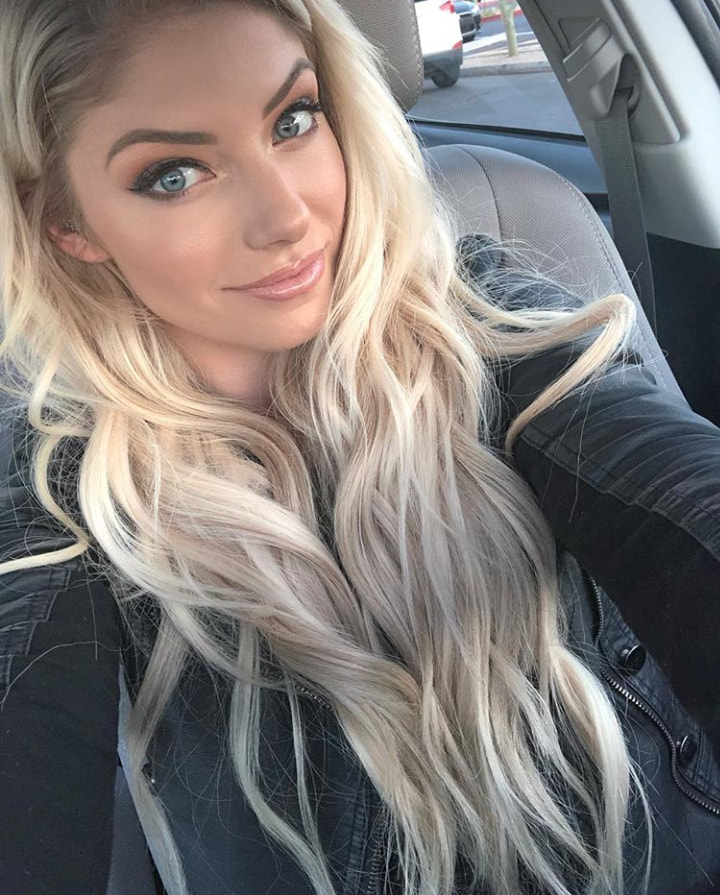 Alexa_Bliss_WWE_Celebrity_reputation_online (8)Alexa_Bliss_WWE_Celebrity_reputation_online (8)