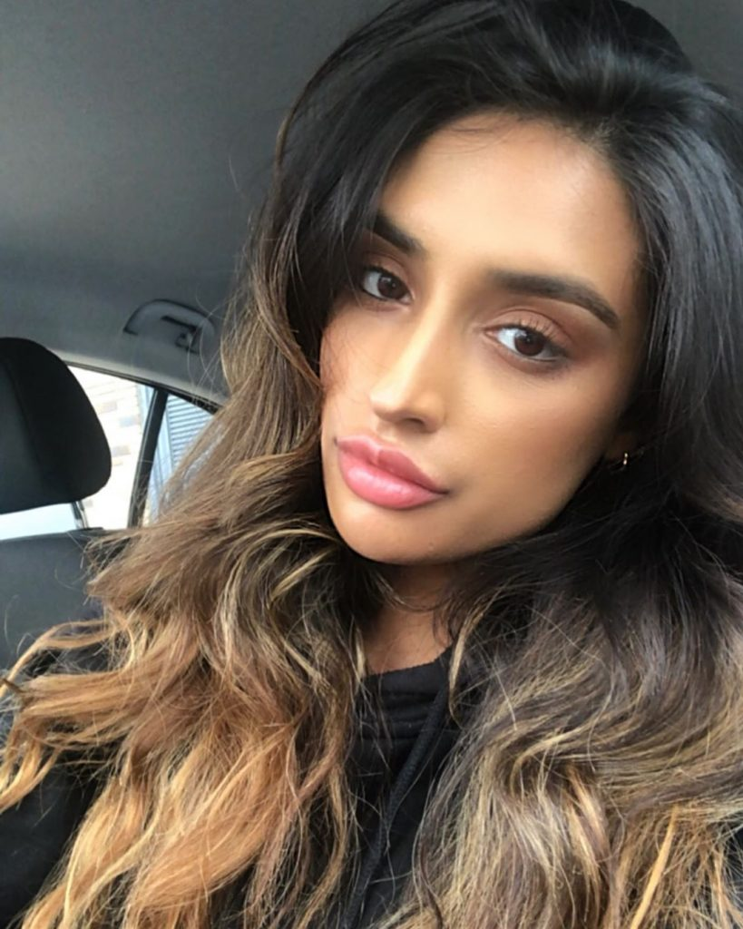 Rukku Nahar Instagram Pics (6)