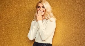 Holly Willoughby M&S 2020 Christmas (3)
