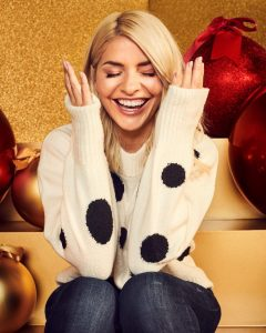 Holly Willoughby M&S 2020 Christmas (4)