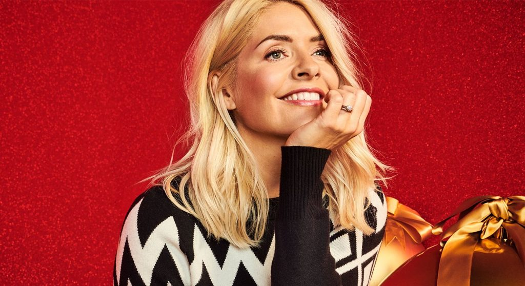 Holly Willoughby M&S 2020 Christmas (7)