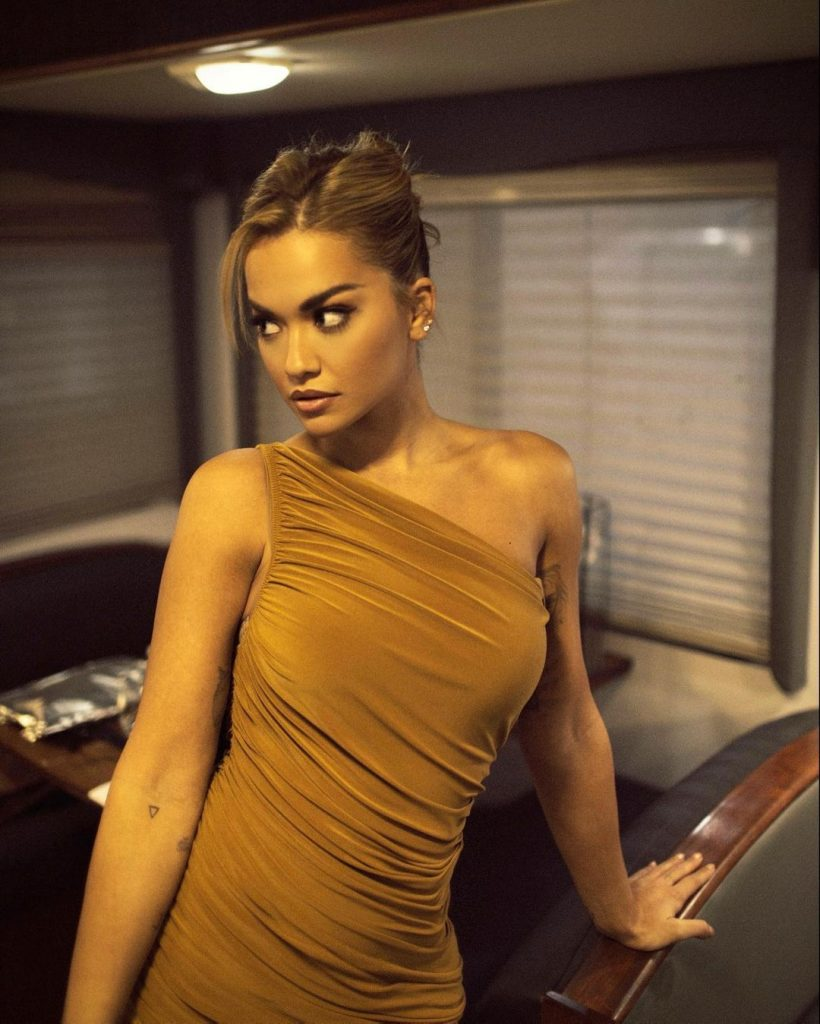 Rita Ora Instagram Tequilla (1)