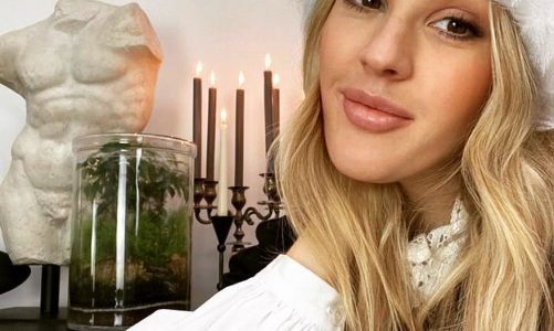 Ellie Goulding Xmas Pics Instagram